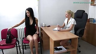 Dafne, 22 years old girl went to her gynecologist