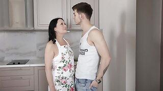 SHAME4K. Stud lures an older woman into having kinky sex
