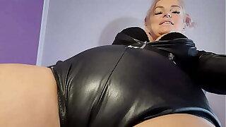 BDSM for sisy boy